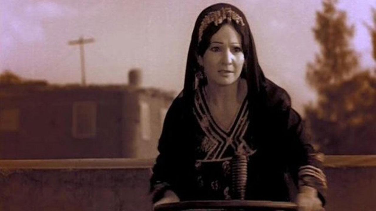 Shadia (1934 - 2017) :The beautiful star next door