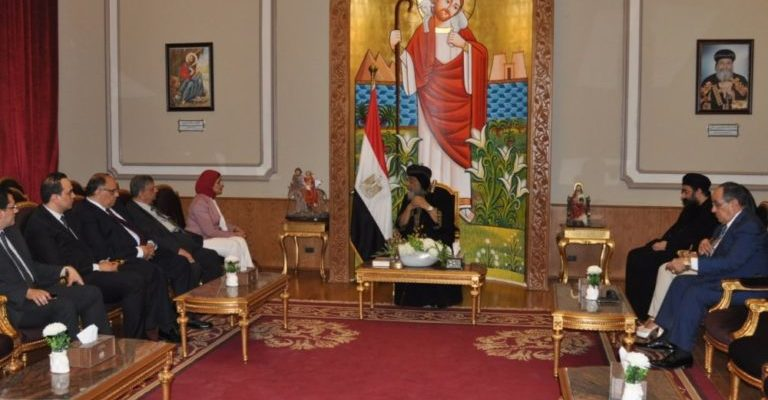 Minister of Health meets Pope and al-Azhar Grand Imam