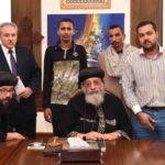 Pope Tawadros receives families of Coptic victims of Daesh shooting