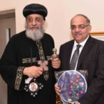 Pope Tawadros honours Health Minister Aide for caring for Copts injured in terror shooting
